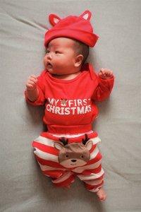 novorozenec a oblečení