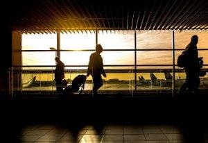 oblečení a cestování v letadle