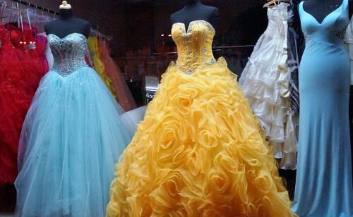 Plesové korzetové šaty