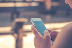 čistenie smartphonu