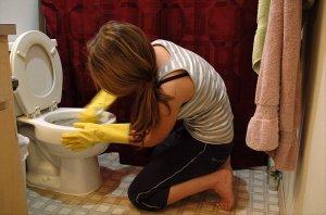 návod jak vyčistit WC a močový kámen